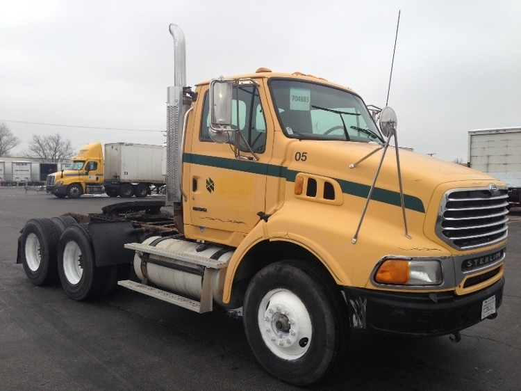 2005 Sterling A9500 Conventional - Day Cab