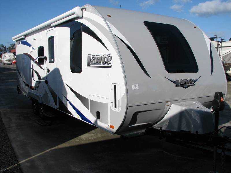 2017 Lance Travel Trailers 2295