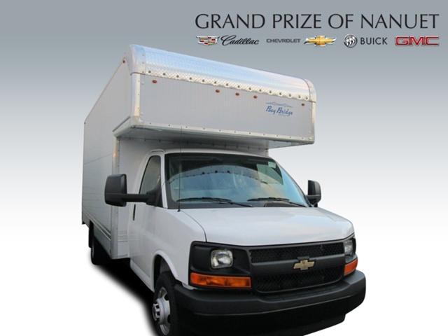 2015 Chevrolet Express Cutaway  Pickup Truck