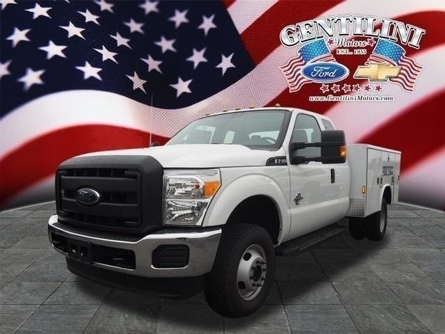 2016 Ford Super Duty F-350 Drw Mechanics Truck