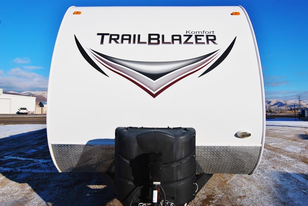 2013 Komfort TRAILBLAZER 2610BH, 1