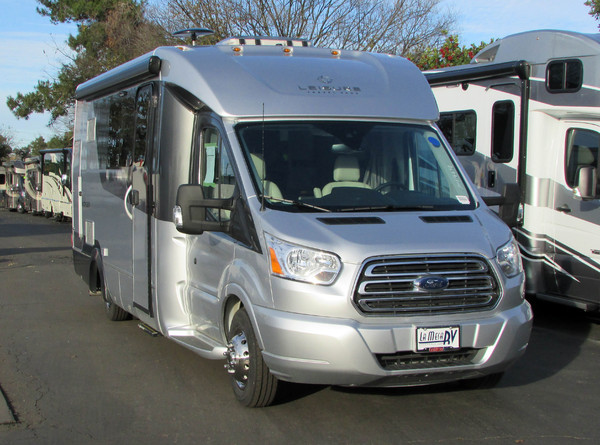 2017 Leisure Travel Vans WONDER