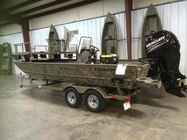 Tracker Grizzly 2072 Cc boats for sale