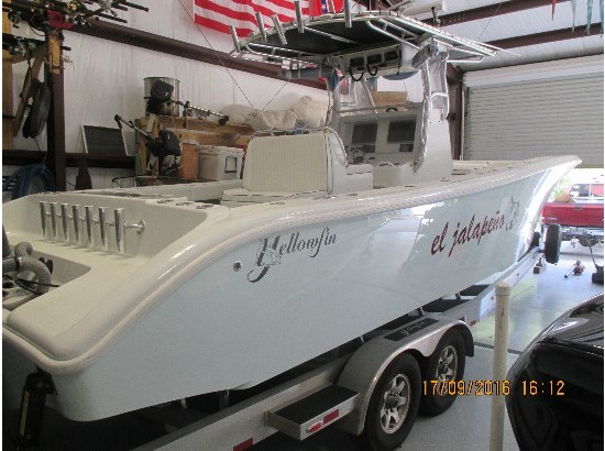 2014 Yellowfin 32 Offshore