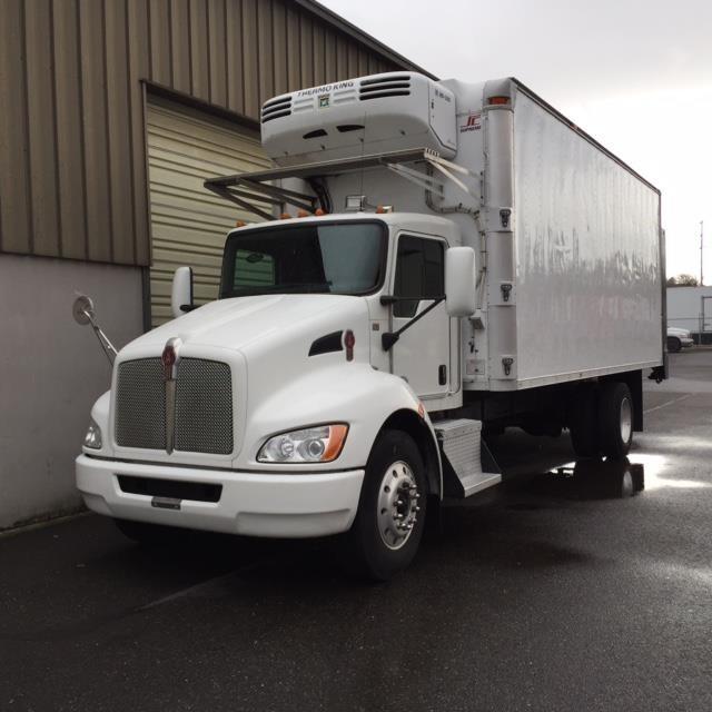 2011 Kenworth T370 Refrigerated Truck