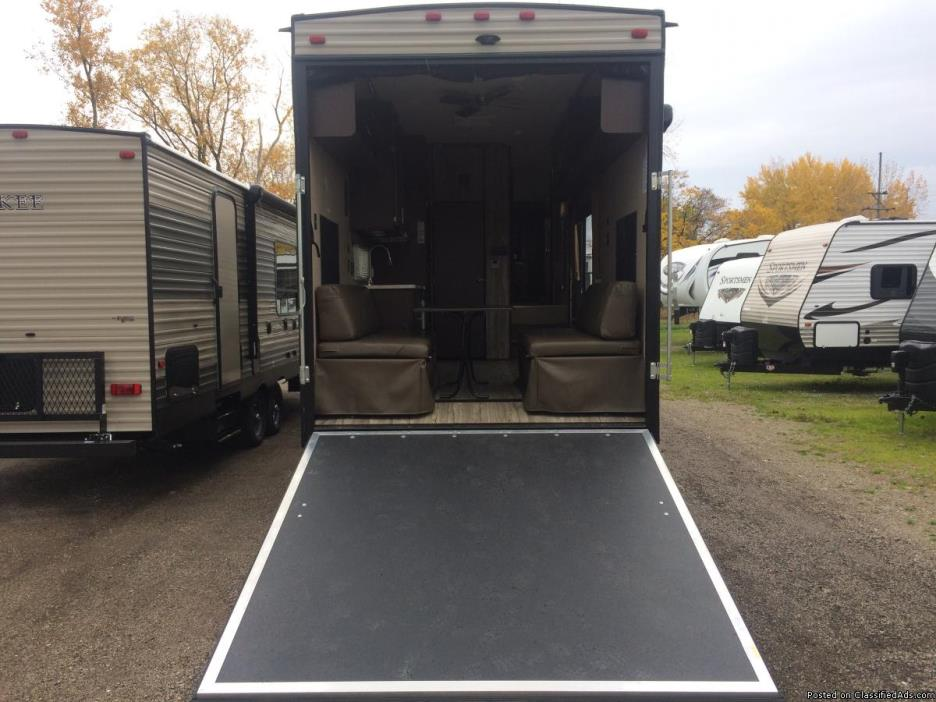 Toy Hauler Fifth Wheel Cars for sale