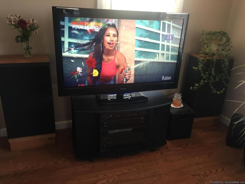 Entertainment system tv/stereo