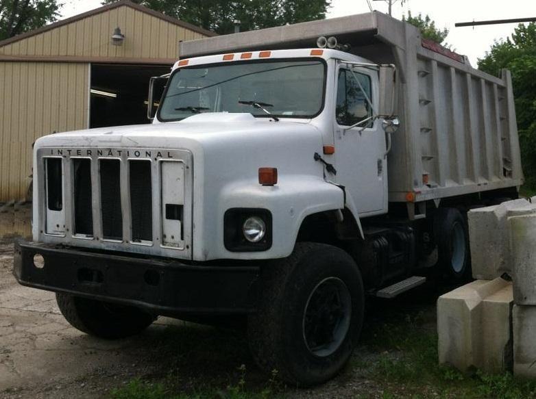 1995 International S2574 Dump Truck