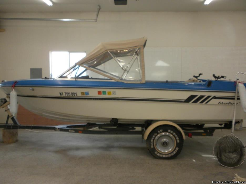 Very nice Older Boat for sale