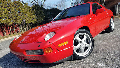 1988 Porsche 928 S4 Perfect 1988 Porsche 928 S4 Automatic Red/Black 26k Miles