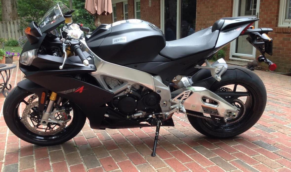 2012 Aprilia RSV4 R