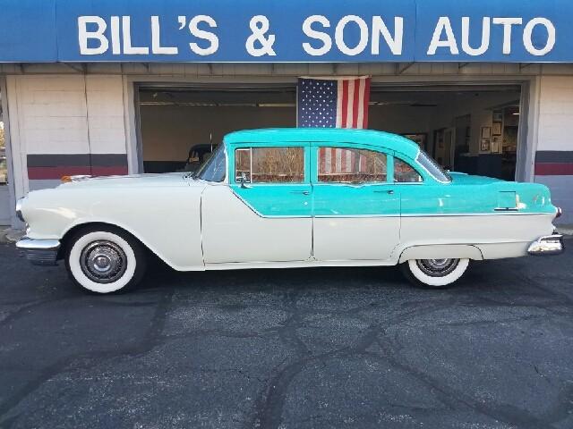 1955 Pontiac Chieftain 870