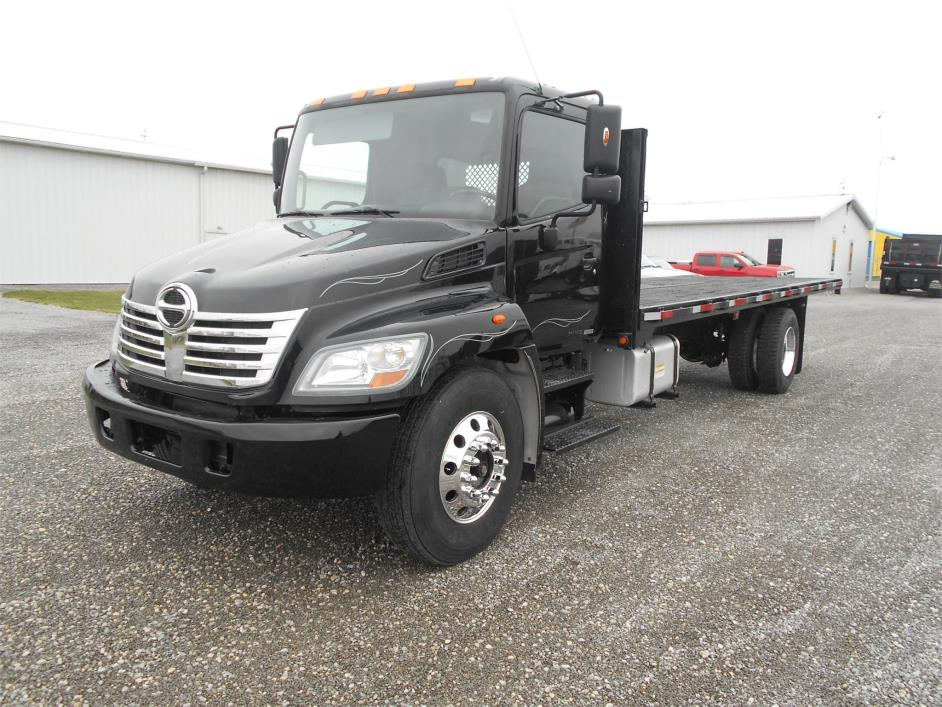 2009 Hino 338 Flatbed Truck