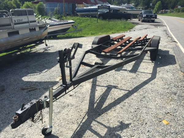 1985  Quality Trailers  Tandem Axle Balck Trailer