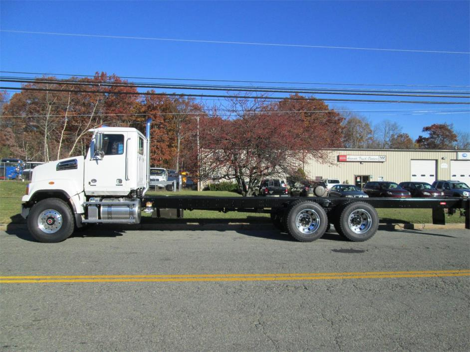 2017 Western Star 4700sf Flatbed Truck
