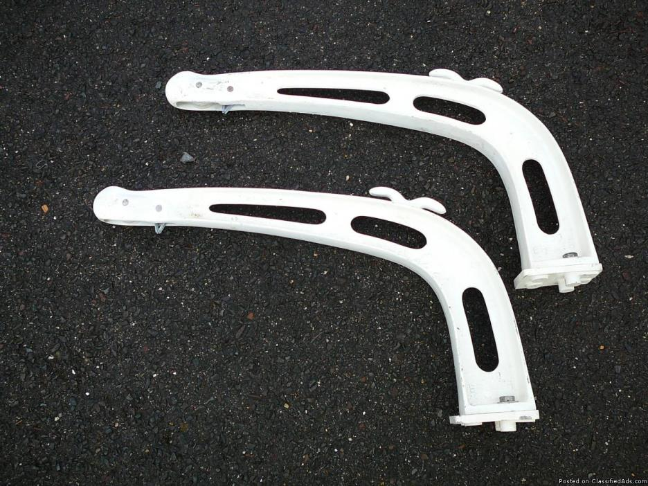 BREMER Model #200 DINGHY DAVITS
