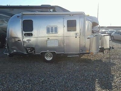 2017 Airstream Flying Cloud 19 Salvage Damage Rebuildable