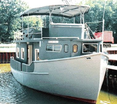 2004 Custom Trawler Hull Houseboat