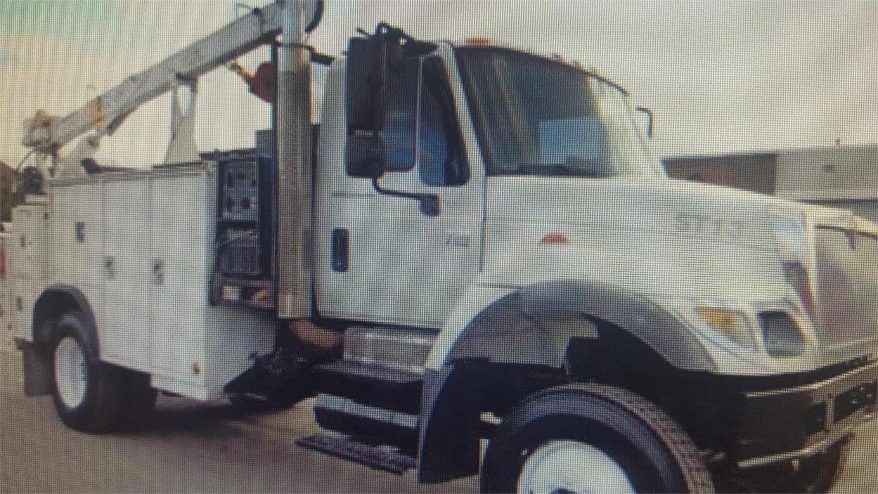 2007 International 7300 Utility Truck - Service Truck