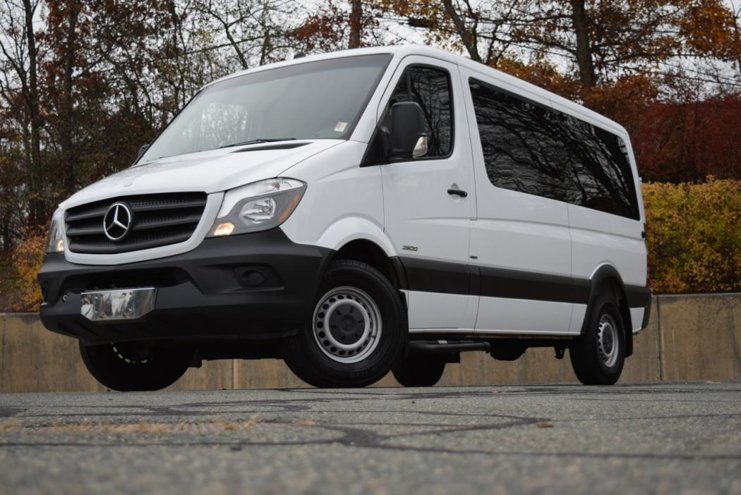 2014 Mercedes-Benz Sprinter 2500 Passenger Van