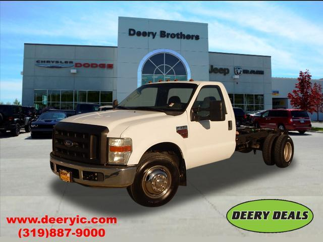 2008 Ford F-350 Chassis Cab Chassis
