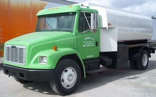 1999 Freightliner Fl70  Vacuum Truck