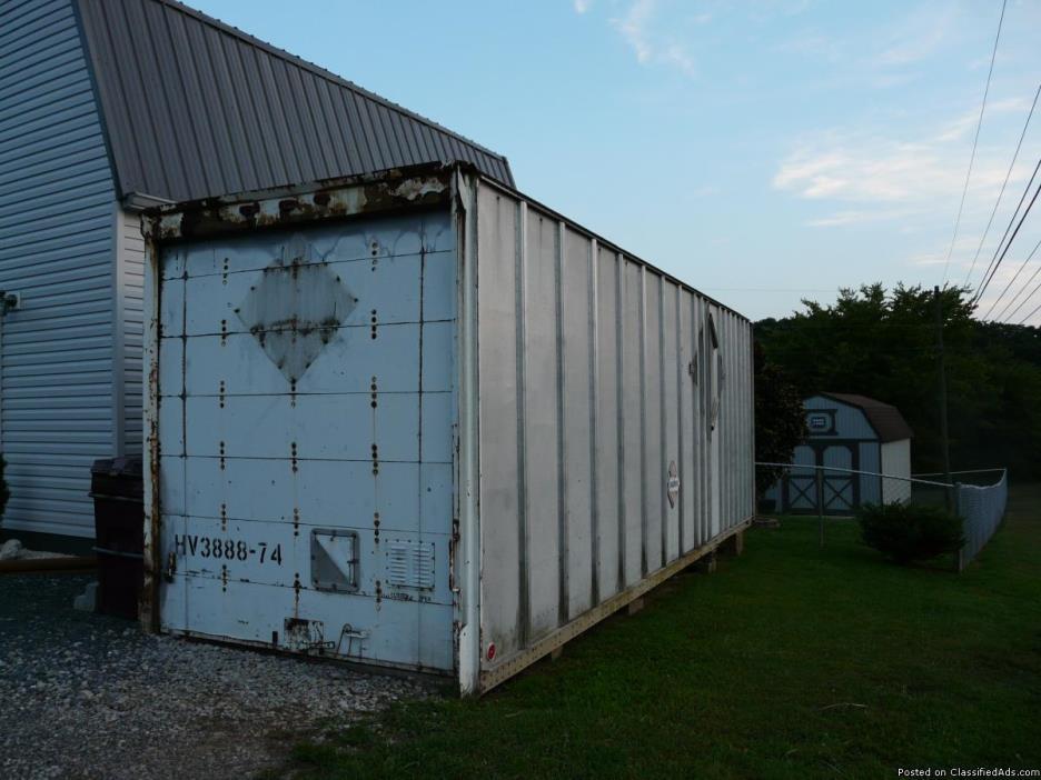 Storage Container / Building / Connex