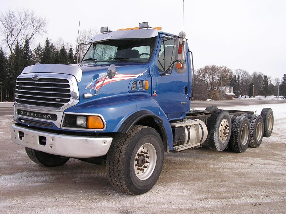 2000 Sterling Lt9522  Cab Chassis