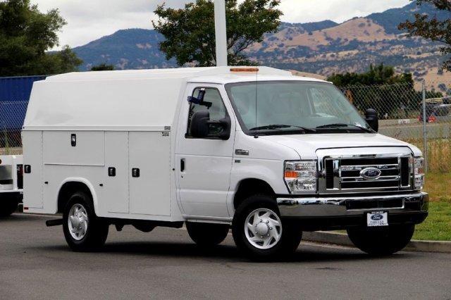 2016 Ford Econoline Commercial Cutaway Cutaway-Cube Van