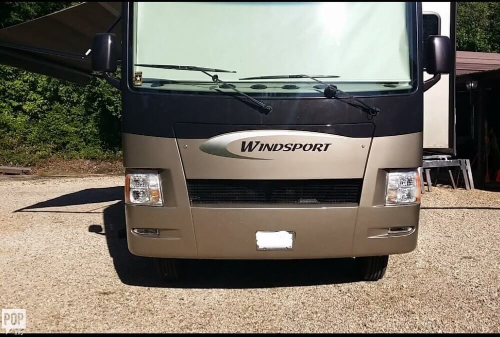 2010 Thor Motor Coach Windsport 34, 14