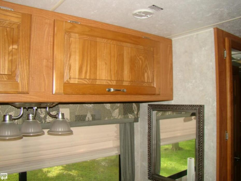 2012 Thor Motor Coach Four Winds 31F, 2