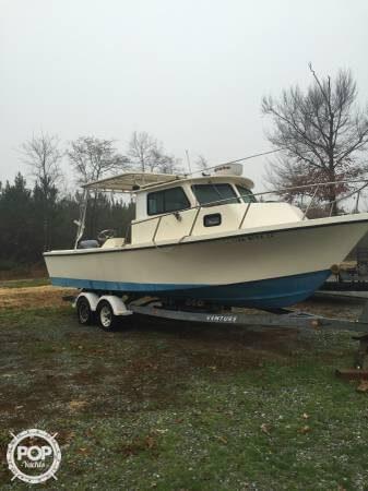 1990 Parker Marine Sport Cabin 25