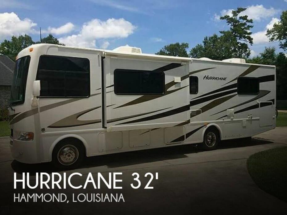 2011 Thor Motor Coach Hurricane Four Winds 31D