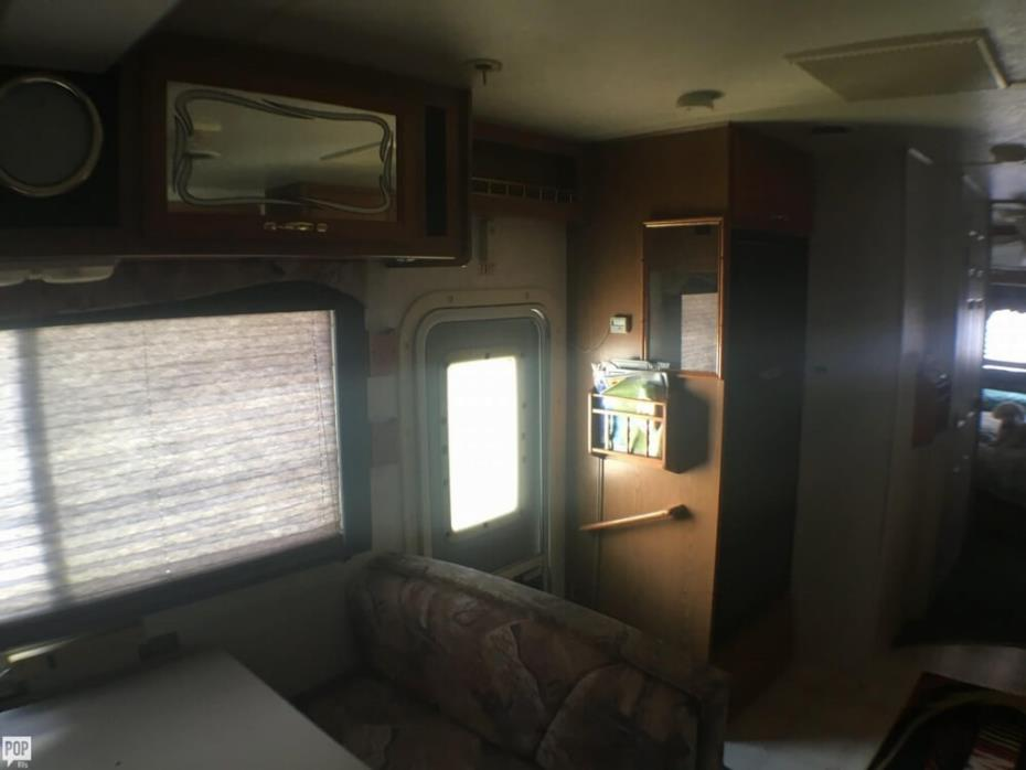 1999 Thor Motor Coach Four Winds 31S, 27