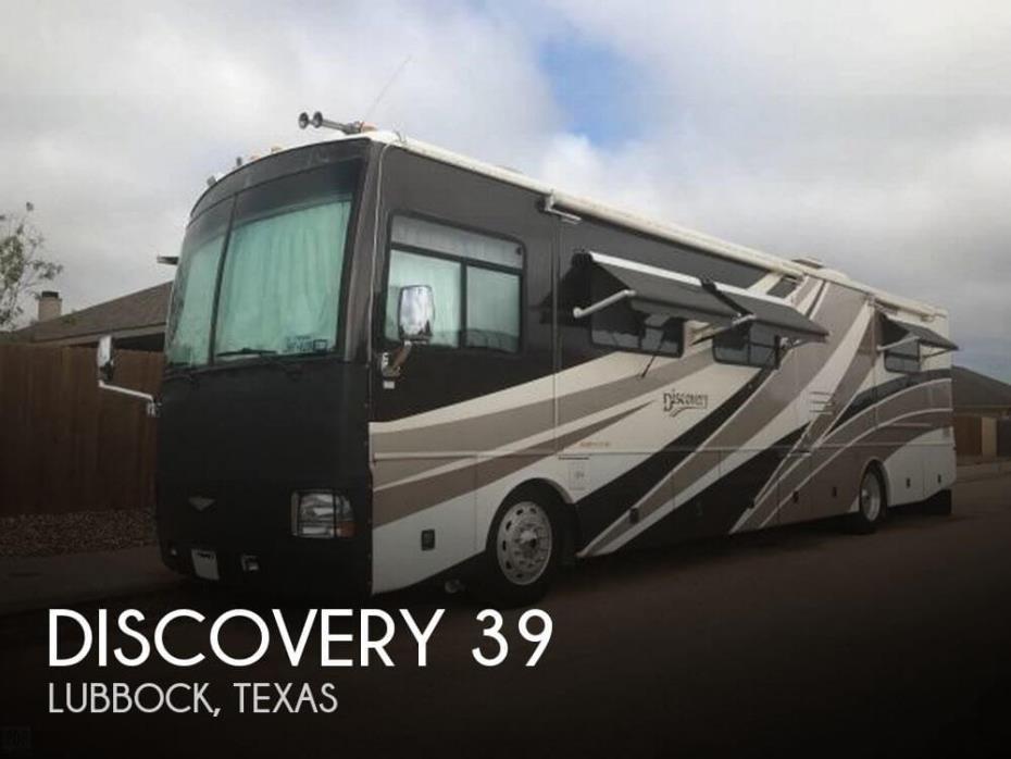 2003 Fleetwood Discovery 39J Coach