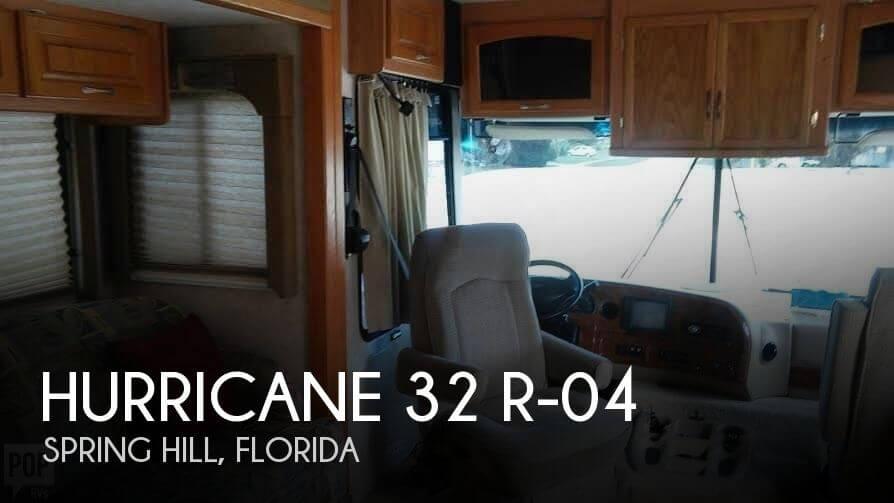 2004 Thor Motor Coach Hurricane 32 R-04