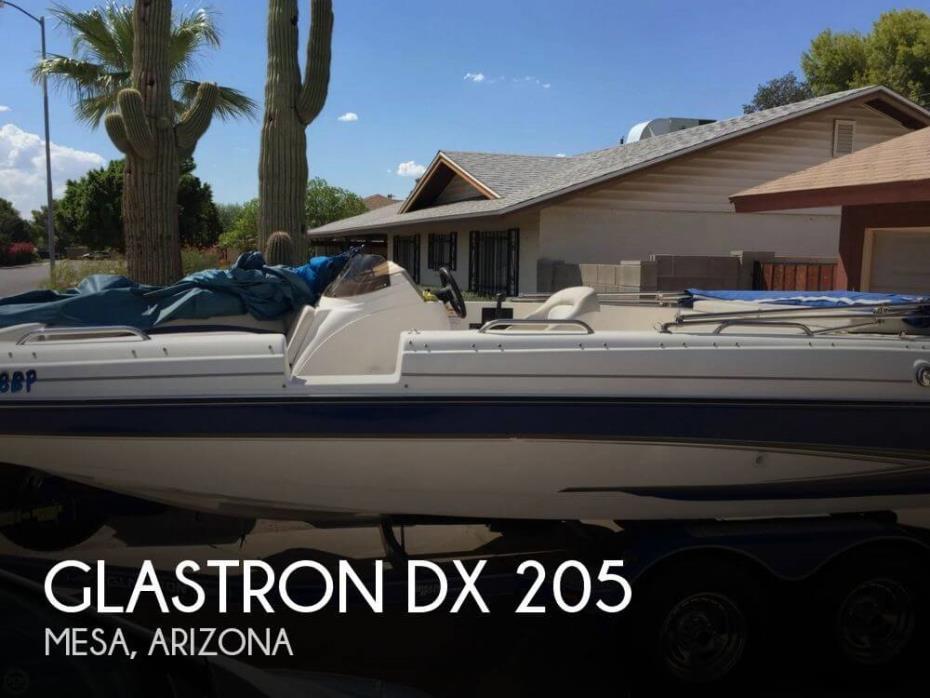 2006 Glastron DX 205