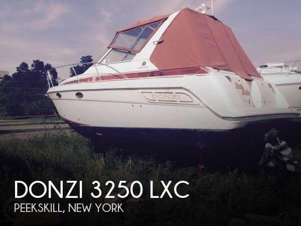 1996 Donzi 3250 LXC