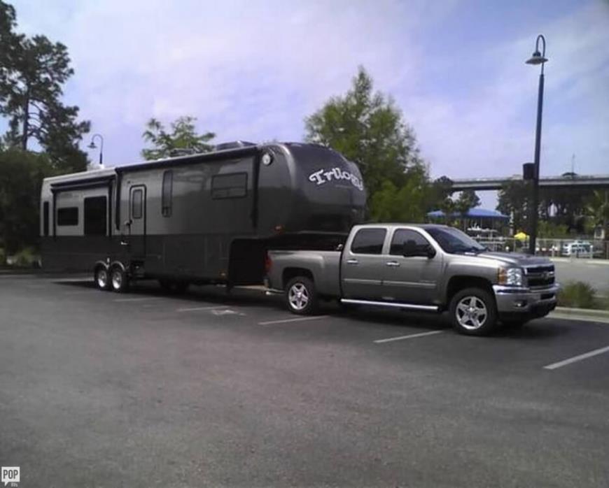 2013 Dynamax Trilogy Touring 42