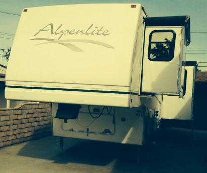 Alpenlite 32rk Hillcrest Rvs For Sale