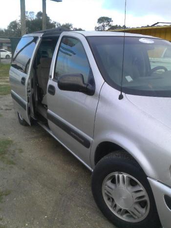 For Sale **SE Vende**2003 Chevy Ventura MiniVan $3000