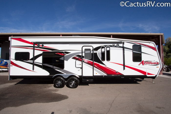 contrasting attitudes in two campers in 2019 eclipse attitude wide body 5th wheel 35gsg+3  conditionnew stock 219051 length 38' sleeps7 slideouts2 awnings2 floorplantoy hauler fuel.