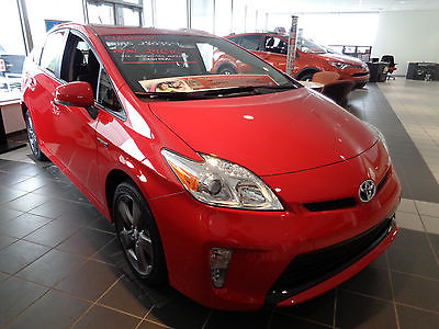 Toyota : Prius Persona Series Hybrid Leather Nav Rear Camera New 2015 Prius Liftback Hybrid Persona Series Leather Navigation Camera Red