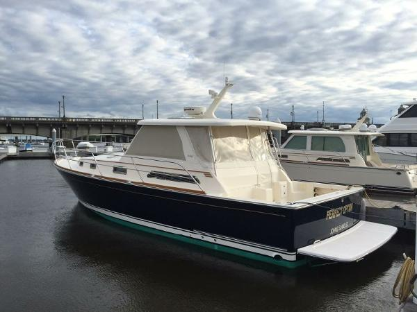 2006 Sabre Yachts 38 Downeast Express