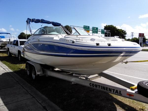 Hurricane sun deck boats for sale in fort lauderdale florida for Hurricane sundeck for sale