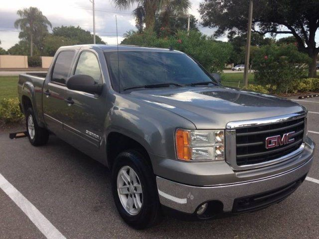 GMC : Sierra 1500 SLE2 07 crew cab 4 dr new square body style sle 2 5.3 l low miles florida private sell