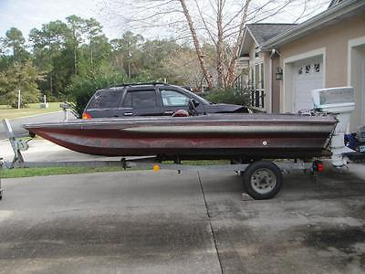 15' COOCHEE / COOCHIE CRAFT FIBERGLASS 'PROJECT' BOAT, TRAILER, AND MOTOR