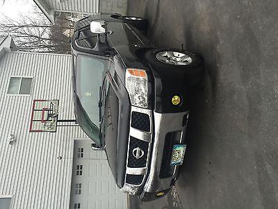 Nissan : Titan SE Crew Cab Pickup 4-Door 2004 nissan titan se crew cab pickup 4 door 5.6 l