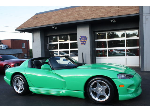 Dodge : Viper RT/10 1994 dodge viper rt 10 only 41 k miles supercharger was 10 k custom green paint