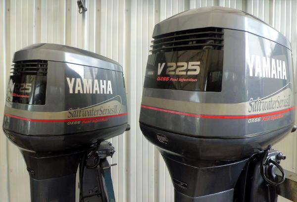 1999 Yamaha C/R Pair of 1999 225hp 25